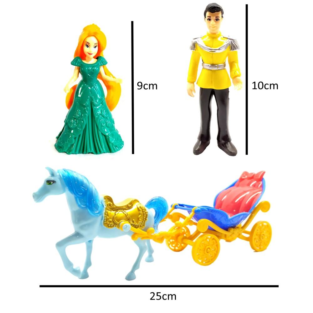 Carruagem Real e Bonecos Princesa e Príncipe com Cavalo e Acessórios