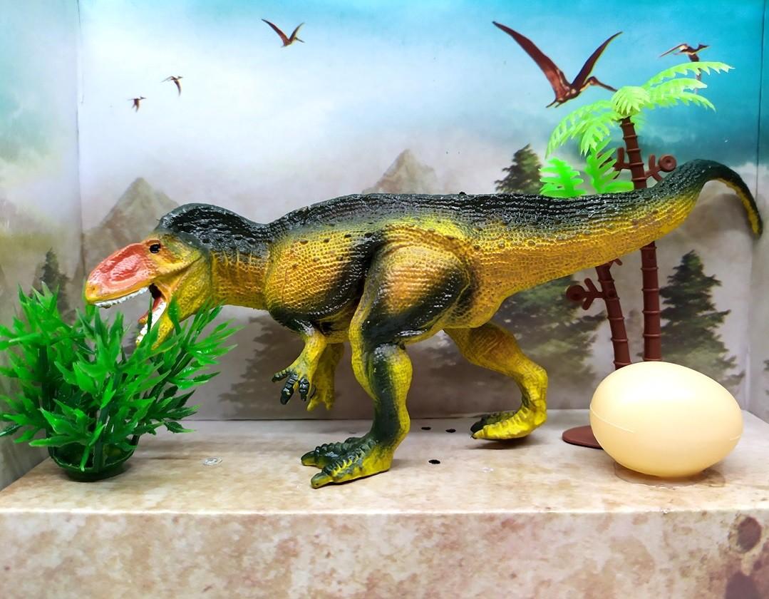 Figura Dinossauro Tyrannotitan Realista com ovo Arbusto e Árvore