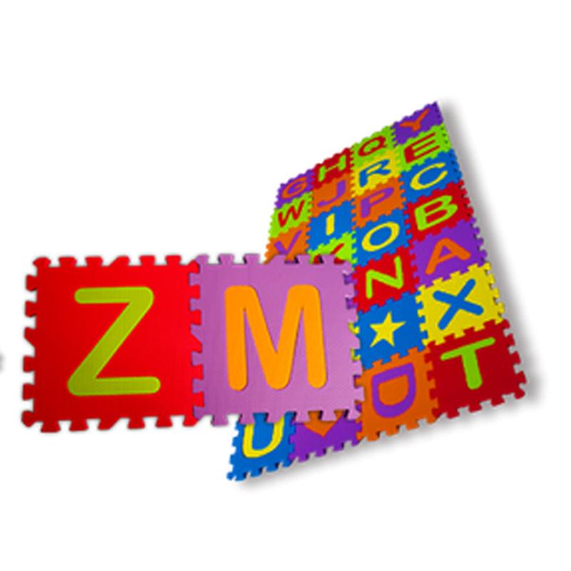 Tatames EVA Alfabeto 20x20cm Com 28 peças