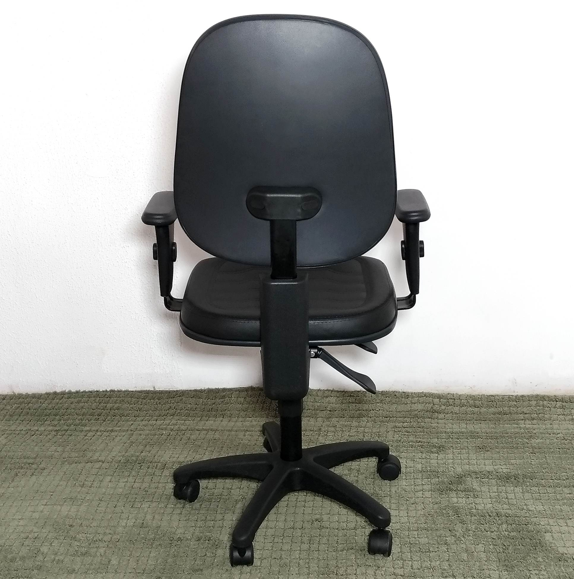 Cadeira Executiva Giratória Corino Micheloffice09