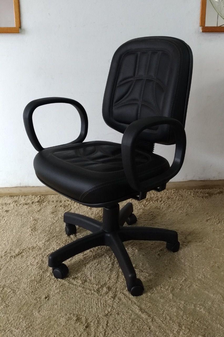 Cadeira Diretor Giratória Corino