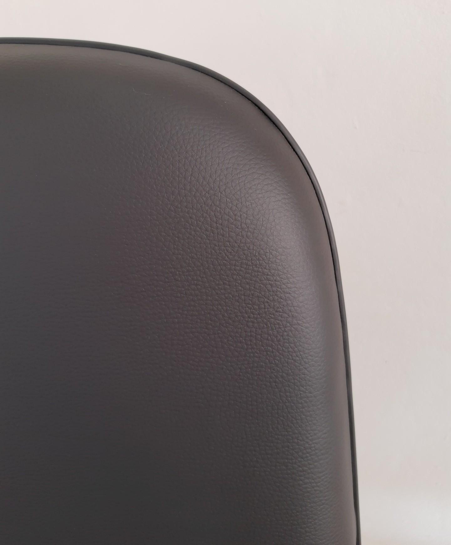 Cadeira Presidente Giratória Corino