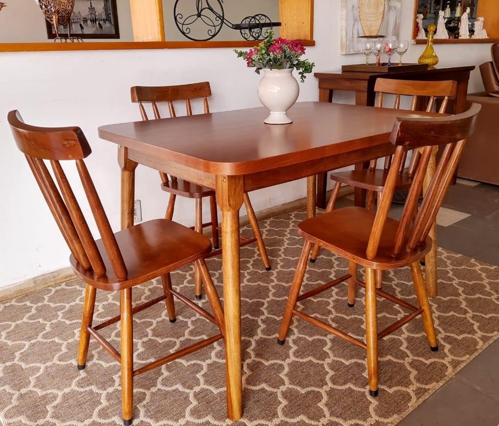 Mesa 1,10 com 4 cadeiras Oeste11