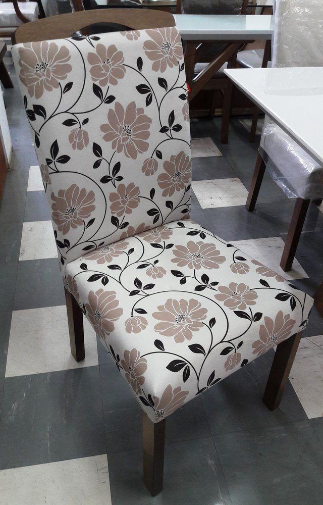 Mesa 1,60 com 6 Cadeiras Estofadas