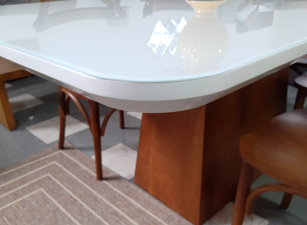 Mesa 1,60 off white / amendoa canto arredondado