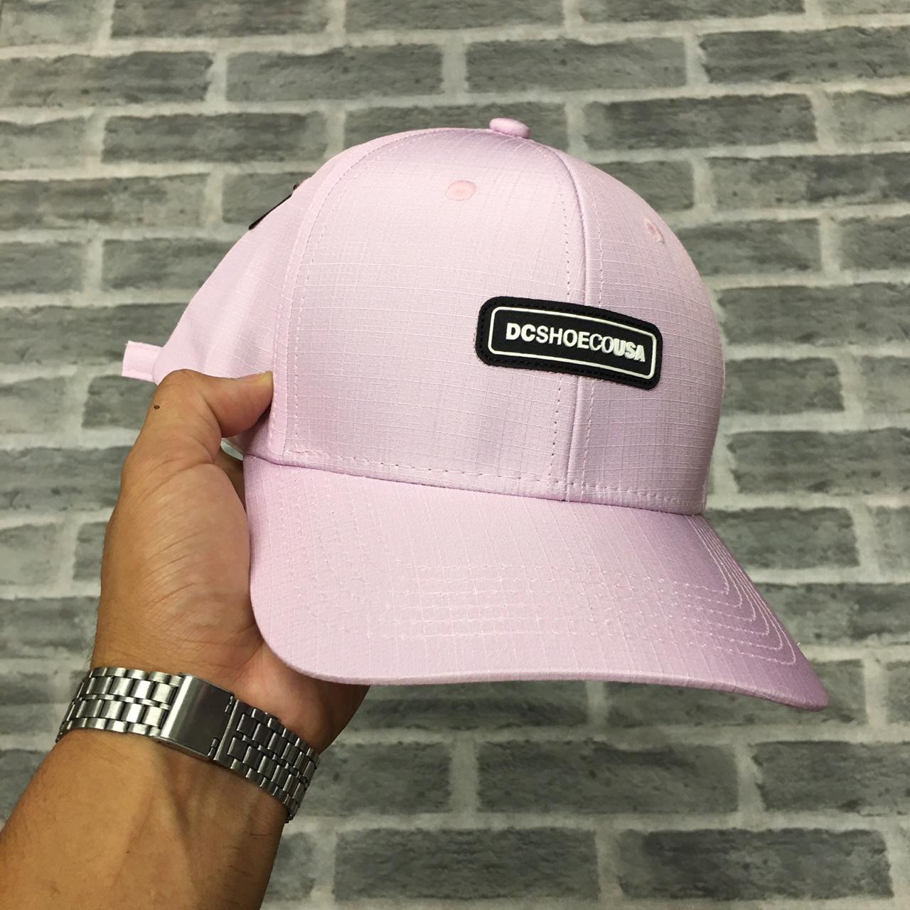 Boné strapback rosa