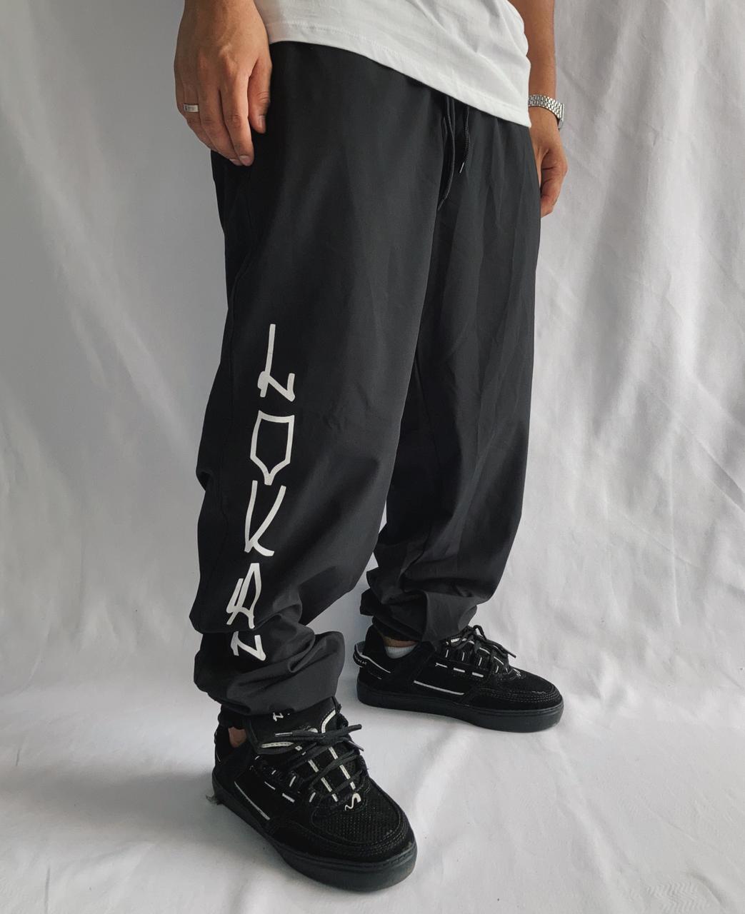 Calça jogger elastano tag lokal preta