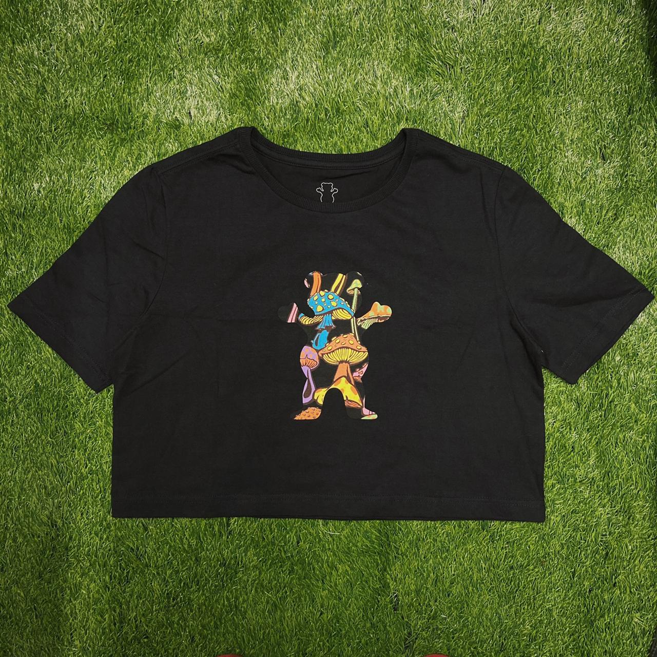 Camiseta feminina  cropped grizzly fungi og