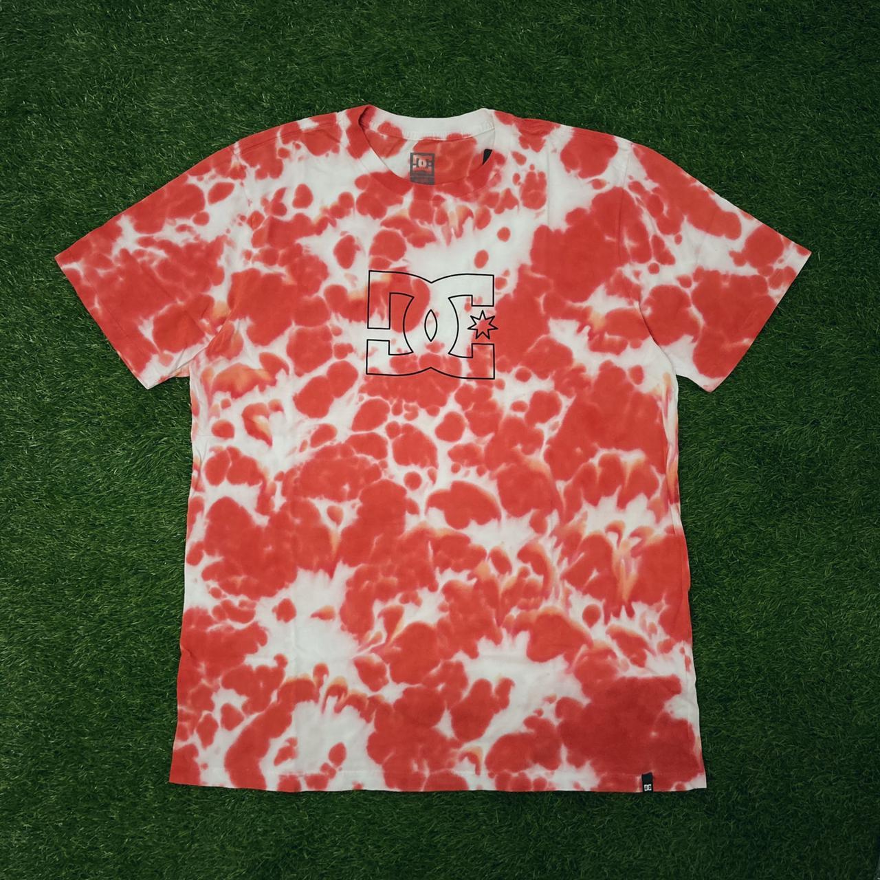 Camiseta dc cloudy tie dye red