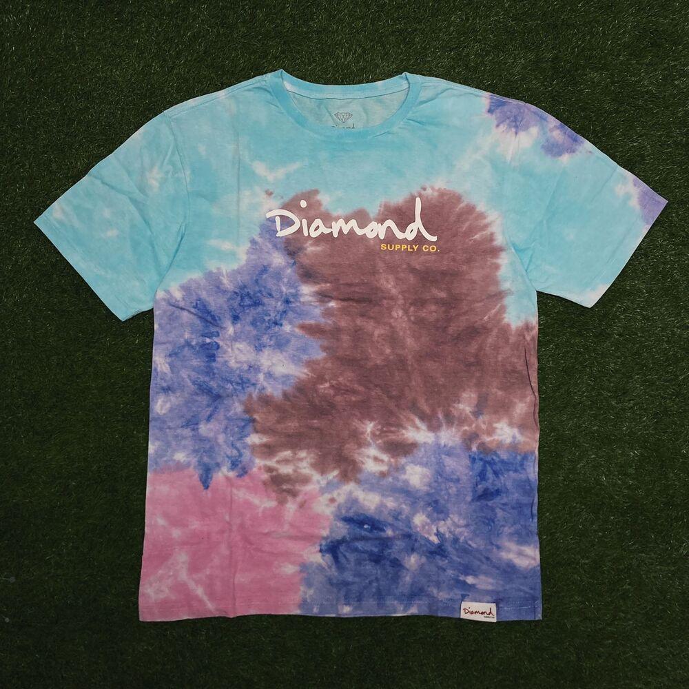 Camiseta diamond og script tie dye red