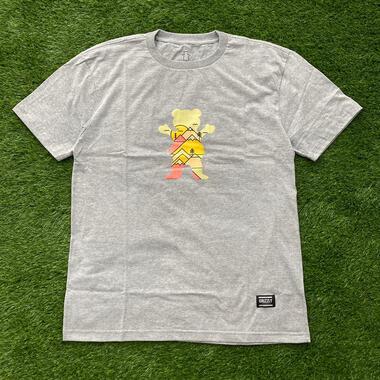 Camiseta grizzly mountain belt cinza