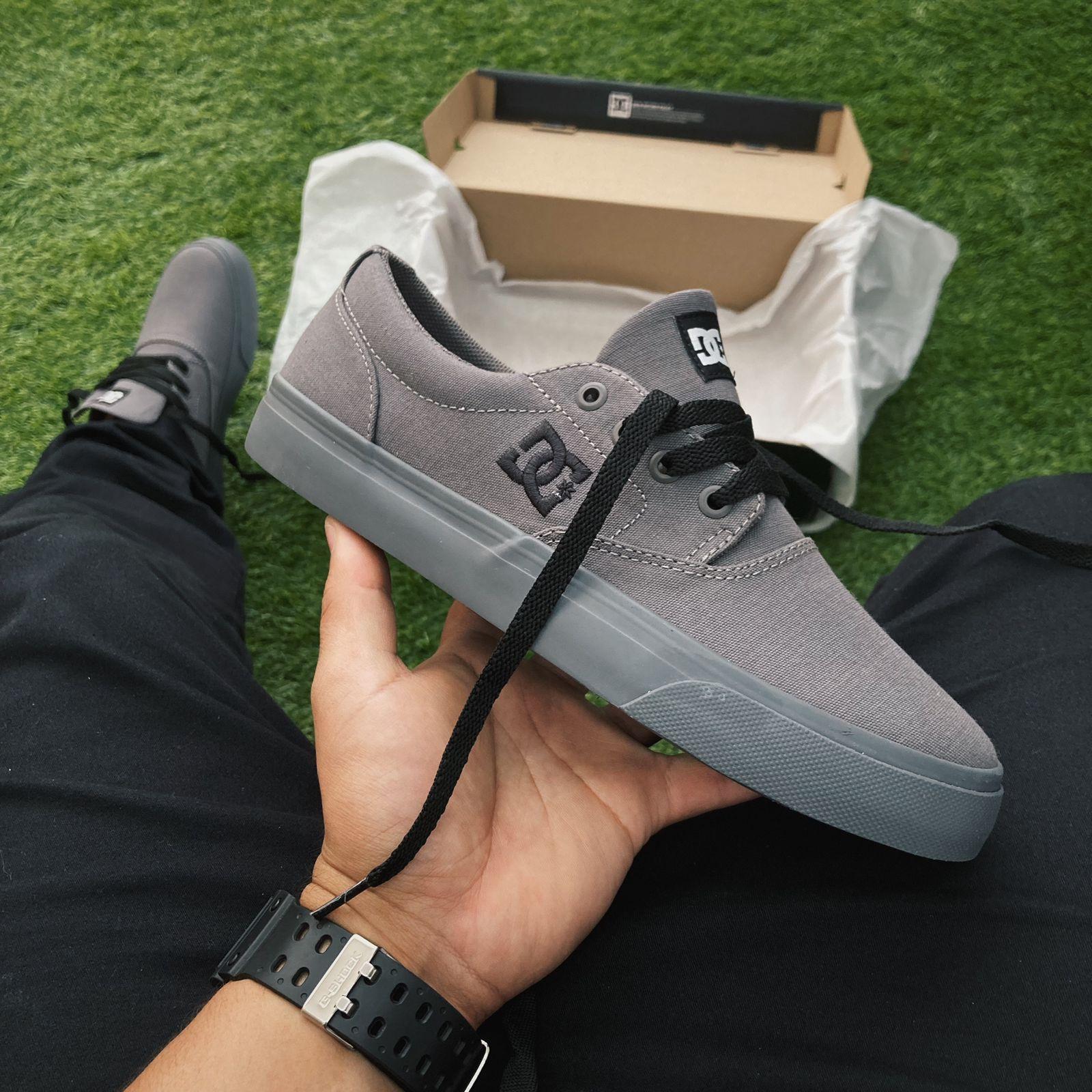 Tênis dc new flash 2 tx grey/black/grey