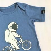 Body Bebê Manga Curta Azul Astronauta