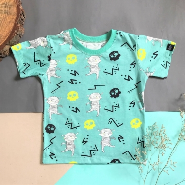Camiseta Infantil Verde Claro Múmias Divertidas