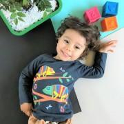 Camiseta Manga Longa Infantil Cinza Escuro Camaleão O Sumido