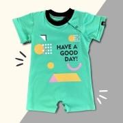 Macacão Curto Infantil Have a Good Day Verde