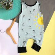 Macacão Infantil Regata Baleias e Sol
