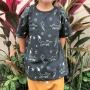 Camiseta Infantil Cinza Escuro Raposinhas Brilha no Escuro