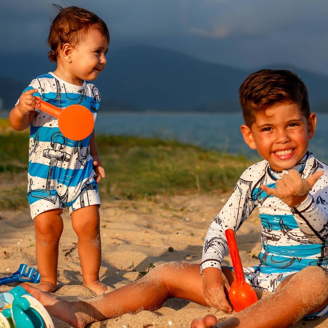 Camisa Infantil Proteção Solar UV 50+ Âncoras + Sunga