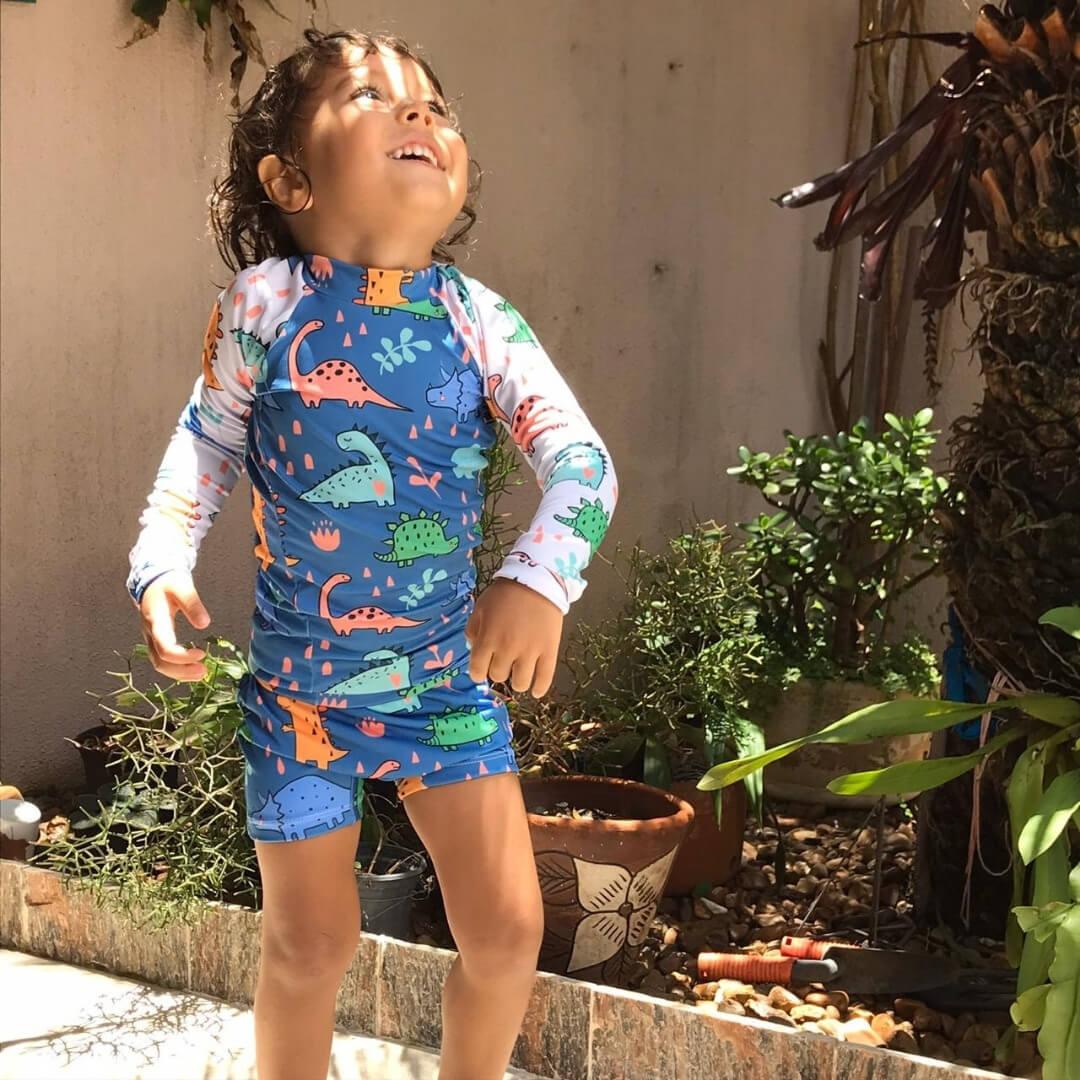 Camisa Infantil Proteção Solar Dinossauros + Sunga