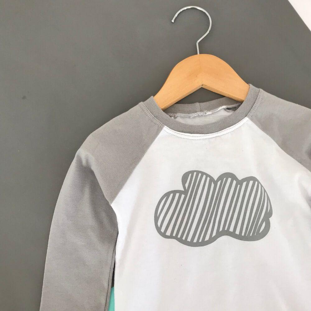Camiseta Infantil Manga Longa Nuvem