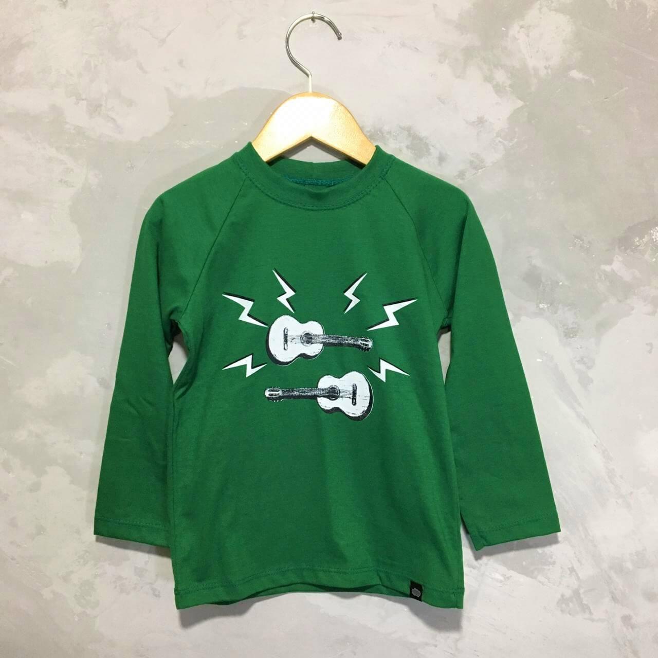 Camiseta Infantil Manga Longa Verde Play Guitar
