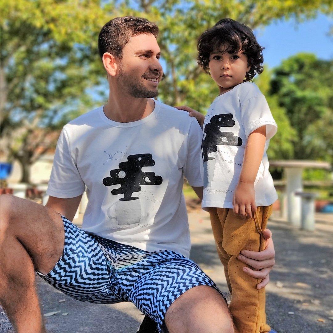 Camiseta Infantil Xícara a noite vai ser longa Off White