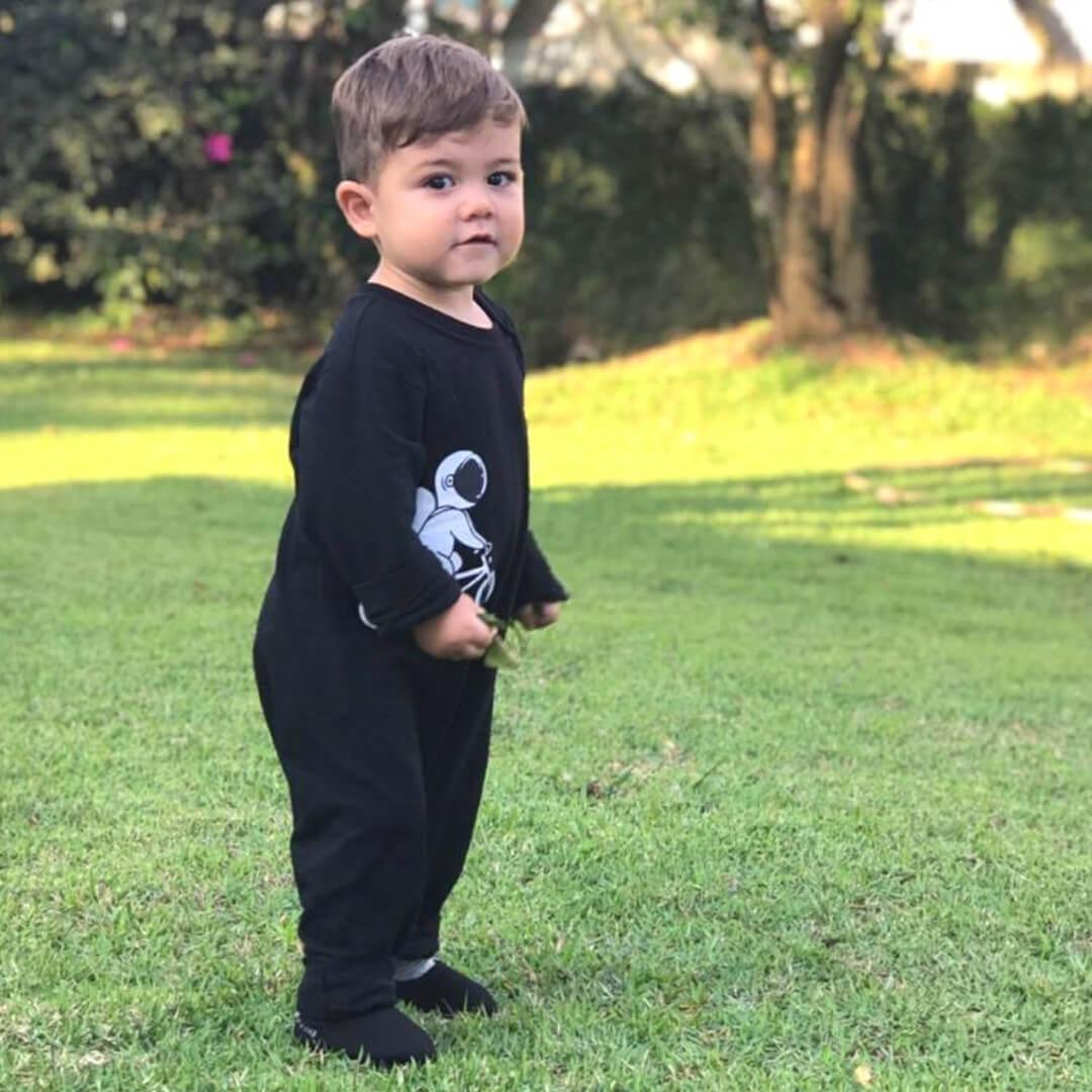 Macacão Infantil Longo Preto Astronauta