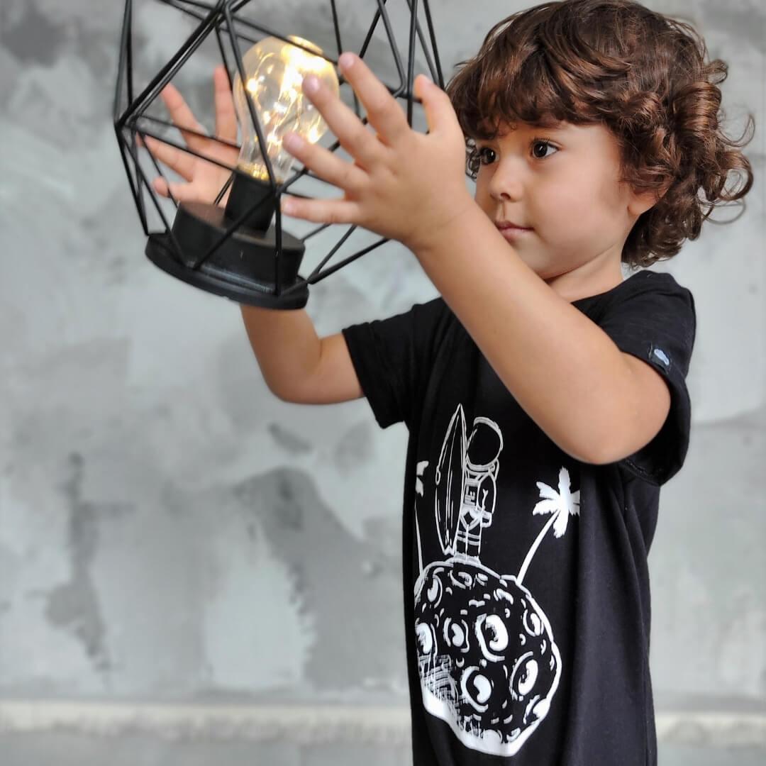 Macacão Infantil Saruel Astronauta Preto Manga curta