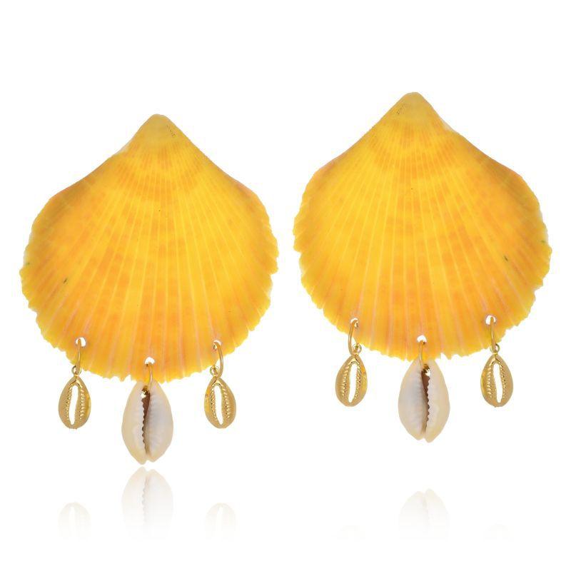 Brinco Le Diamond Concha Pingentes Búzios Amarelo