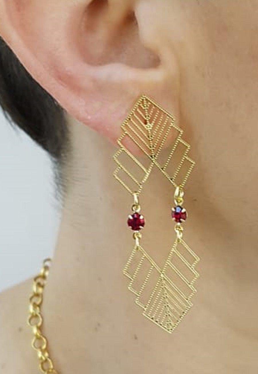 Brinco Le Diamond Formas Geométricas e Cristal Rubi