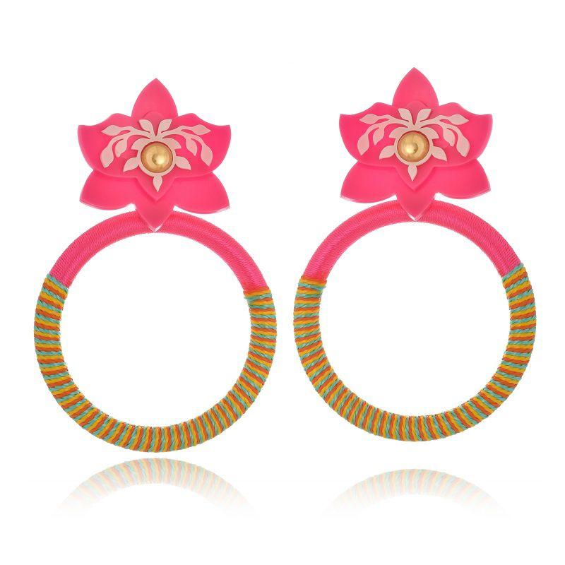 Brinco Le Diamond orquídea com aro de fios de seda rosa