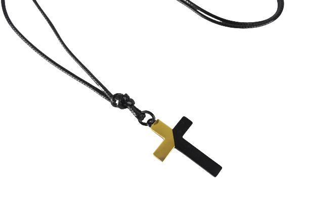 Colar Couro Cruz Preto/Dourado- Black Edition