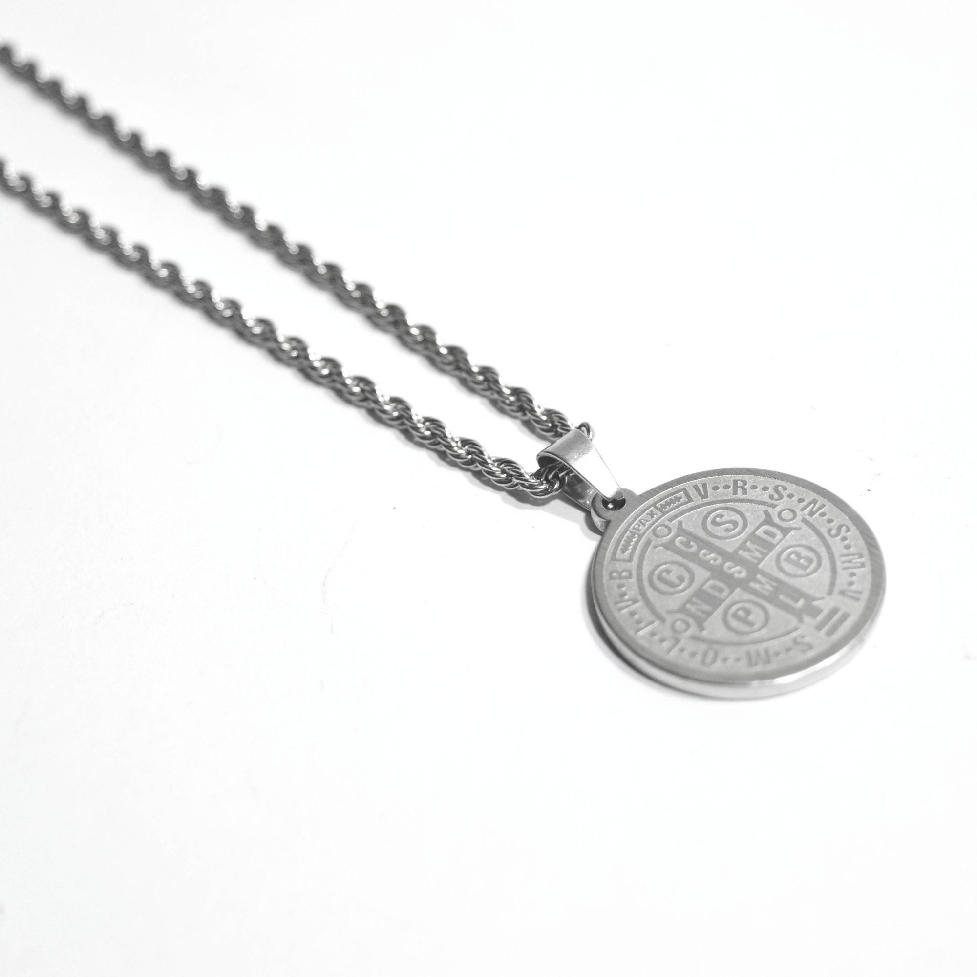Colar em Aço Medalha de São Bento
