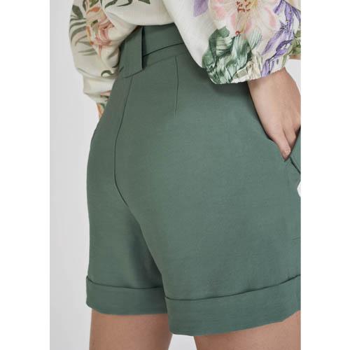 Shorts Alfaiataria Lado Avesso com Lapela Bolsos L116607