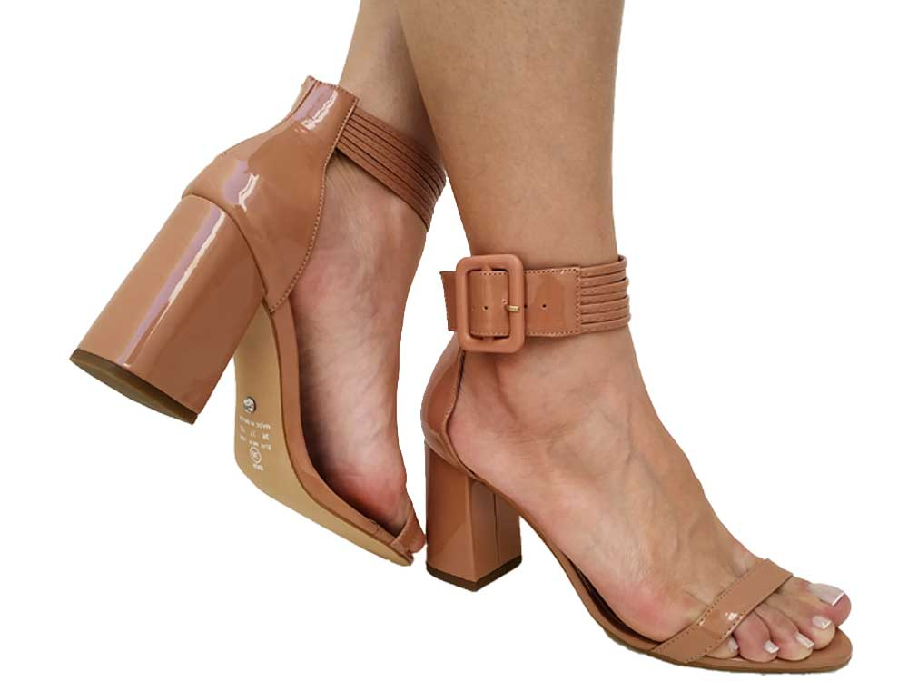 Sandália verniz nude salto 9cm Cód.541