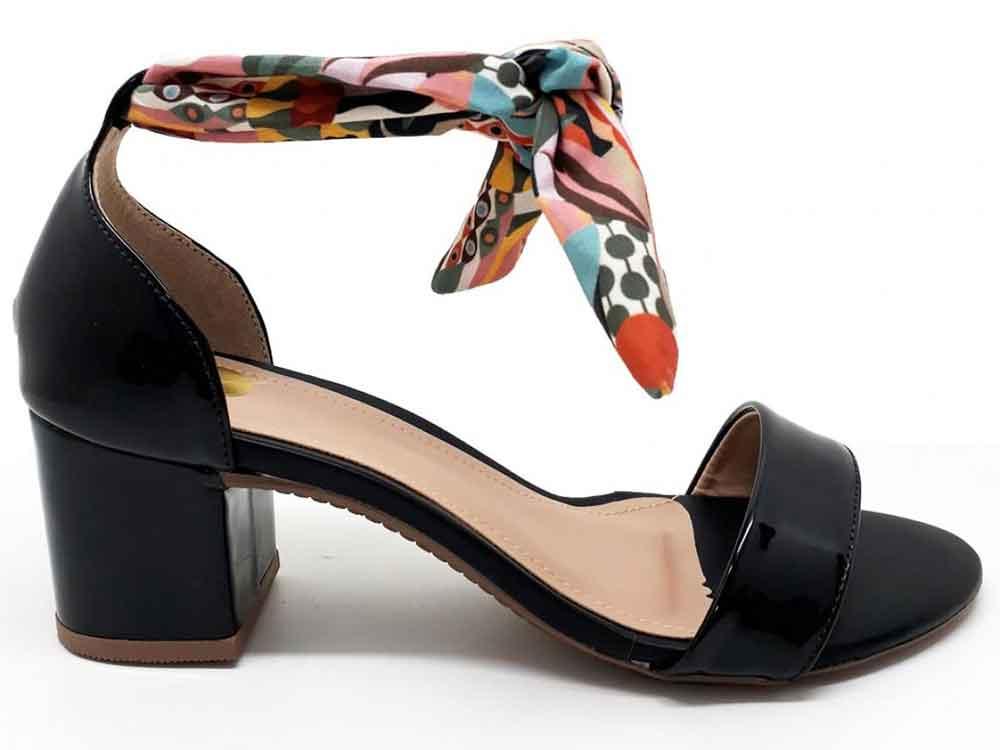 Sandália verniz preto 5 cm  Cód.: 133