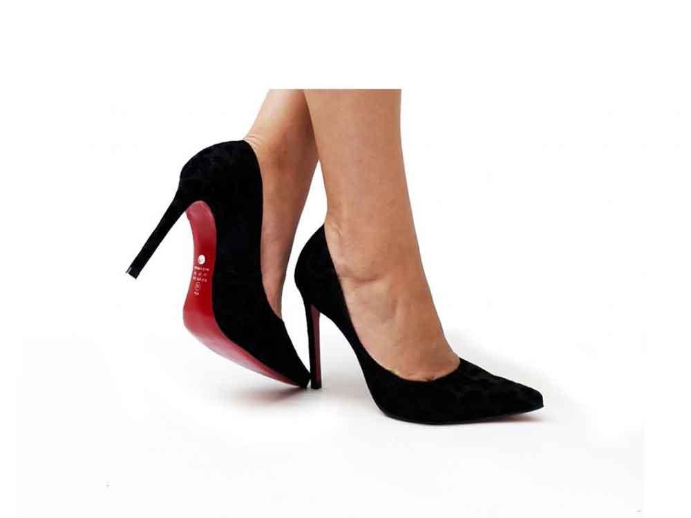 Scarpin onça glamour preto salto 11cm  Cód.: 428