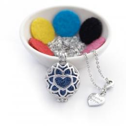 Colar Difusor Esférico Oval Coração com Flor Prateado Médio