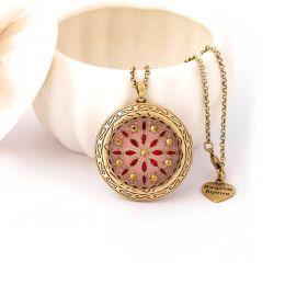 Colar Relicário Flor Esmaltado Ouro Velho Rosa com Strass