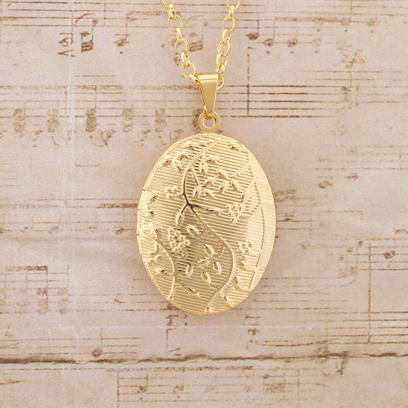 Colar com pingente relicário Folheado a Ouro Médio