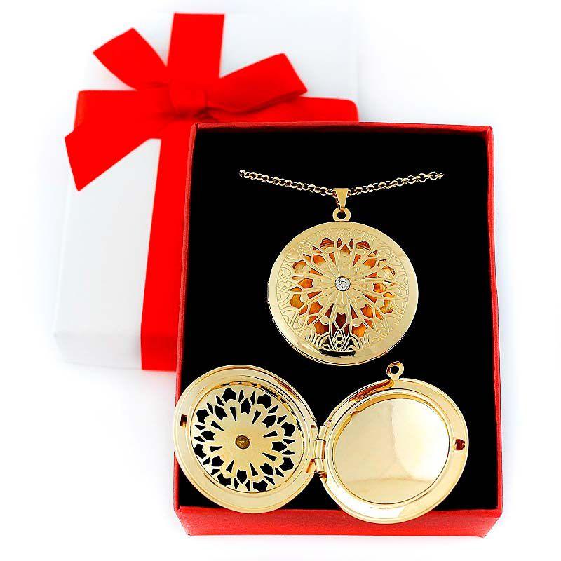 Colar com pingente relicário Mandala Folheado a Ouro Grande