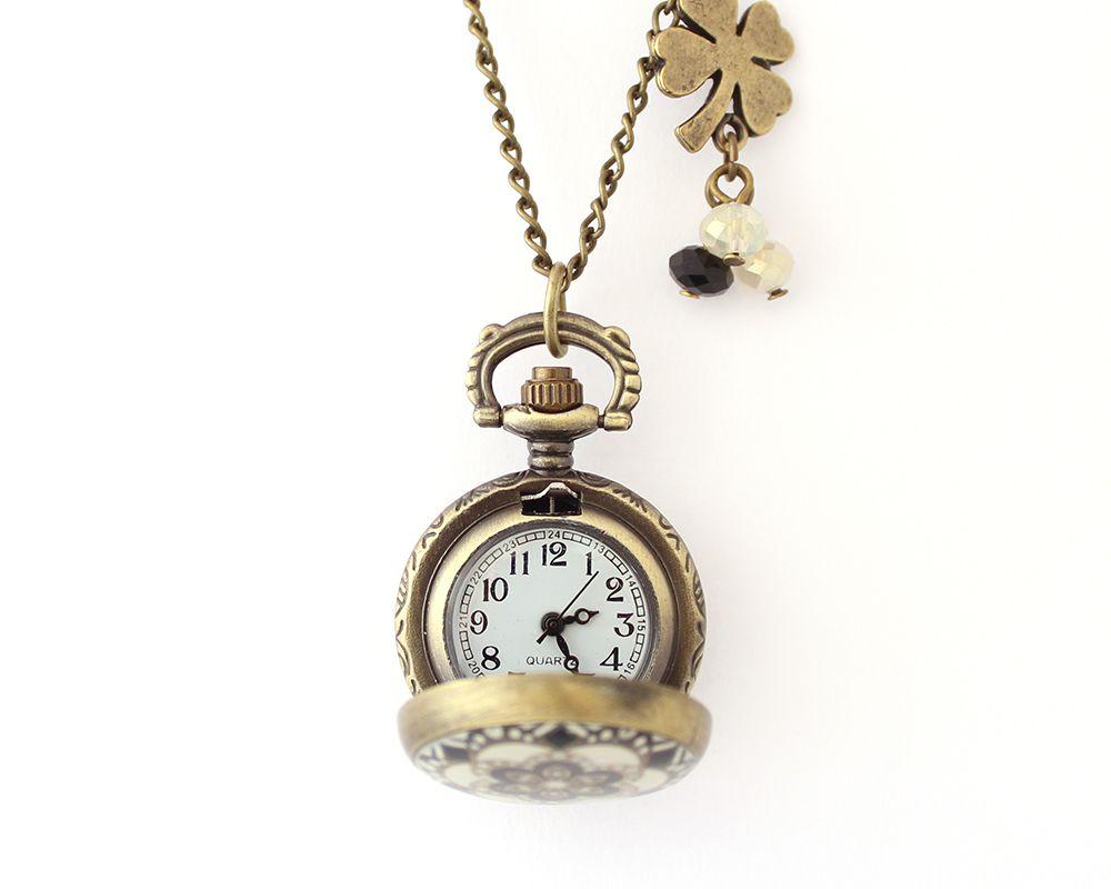 Colar com Relógio Ouro Velho Resina