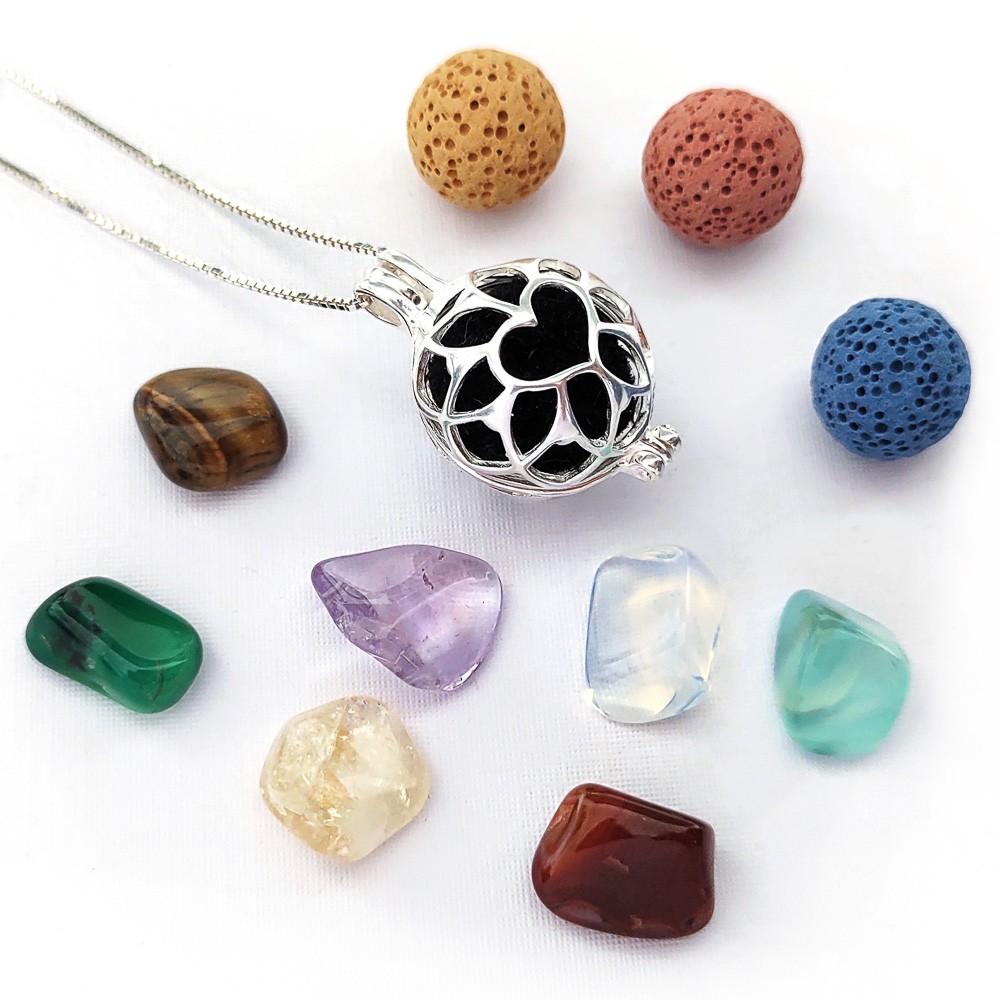 Colar Difusor Coração em prata 925 com pedras naturais