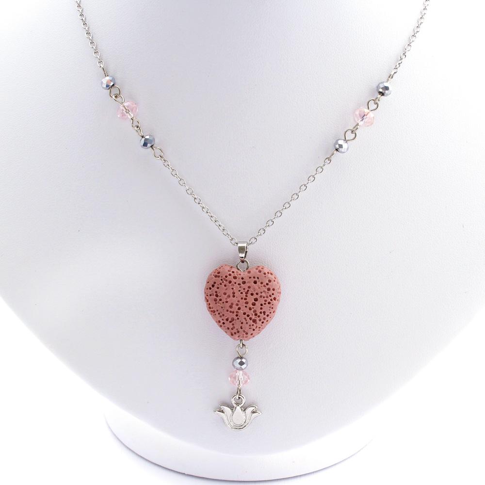 Colar Difusor Pedra Vulcânica Coração Rosa Flor-de-Lis Cristais Pequeno