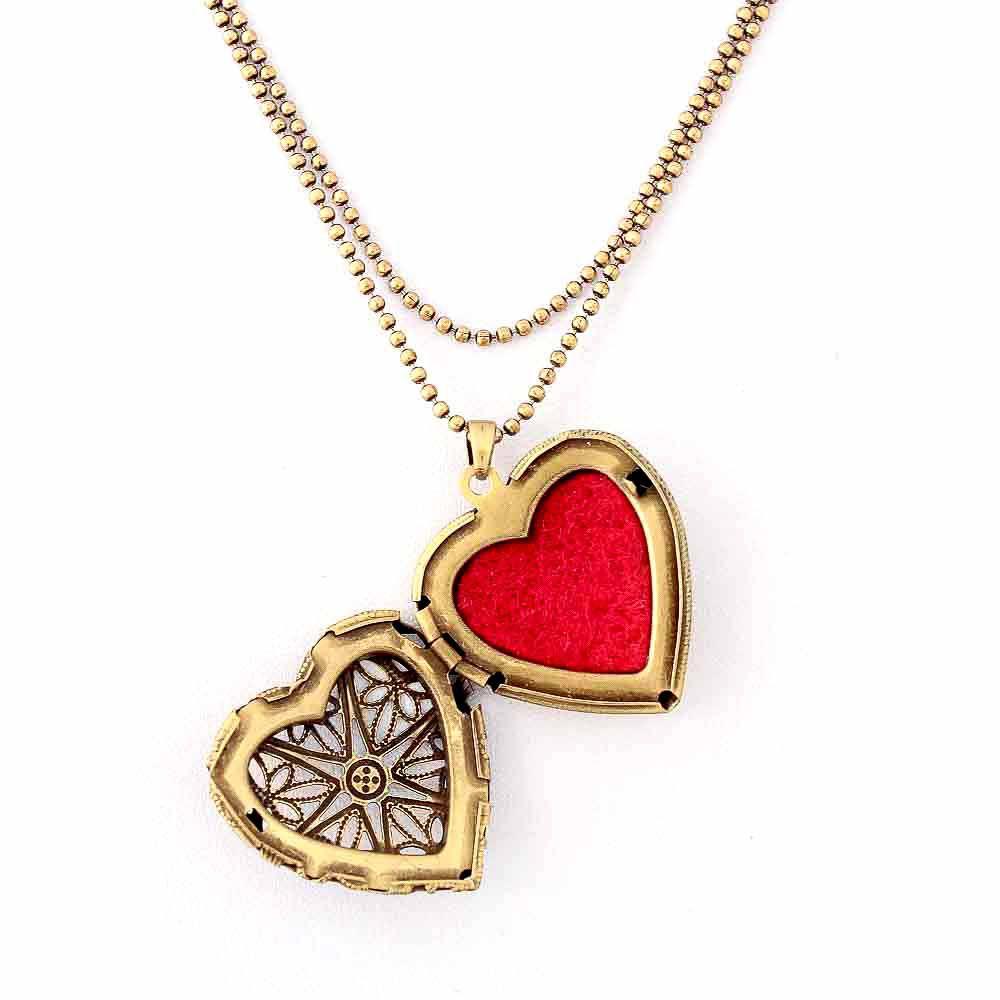 Colar Difusor Relicário Coração Ouro Velho Médio Vazado