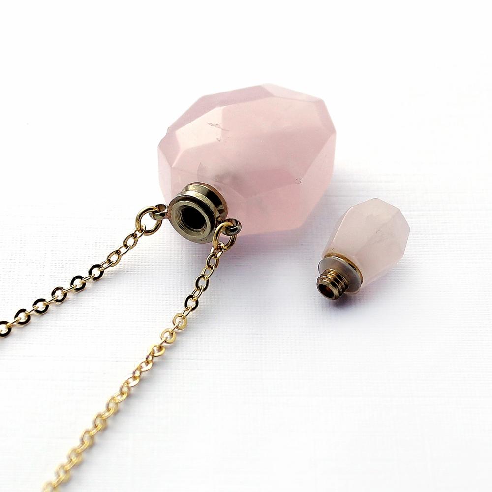 Colar Perfumeiro Difusor Pedra Quartzo Rosa Médio