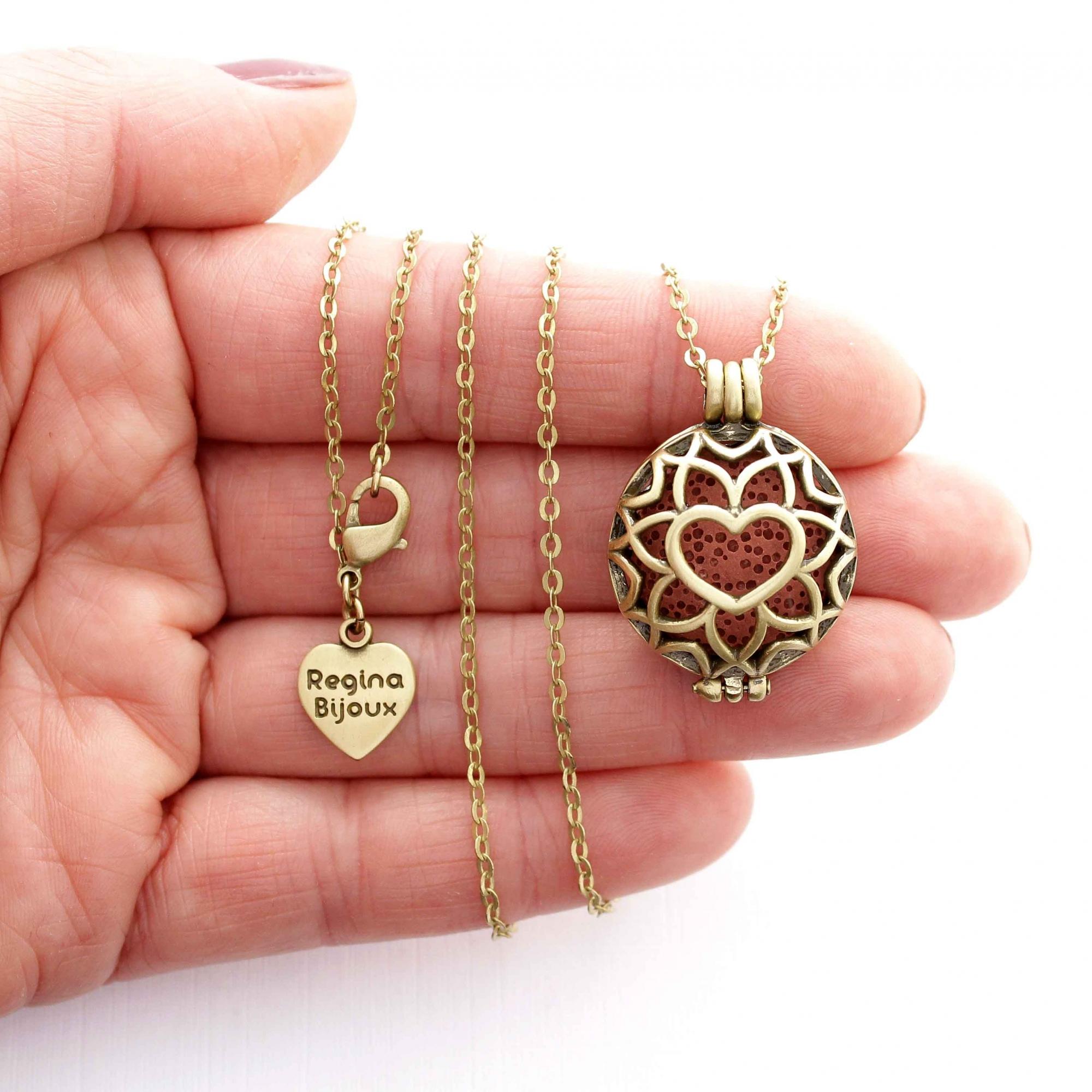 Colar Pingente Difusor Coração Flor Ouro Velho Aromaterapia