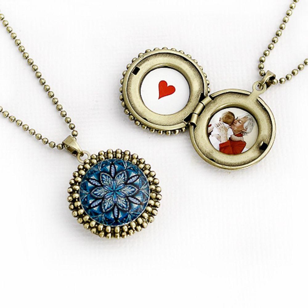 Mandala relicário pequeno cor azul e ouro velho