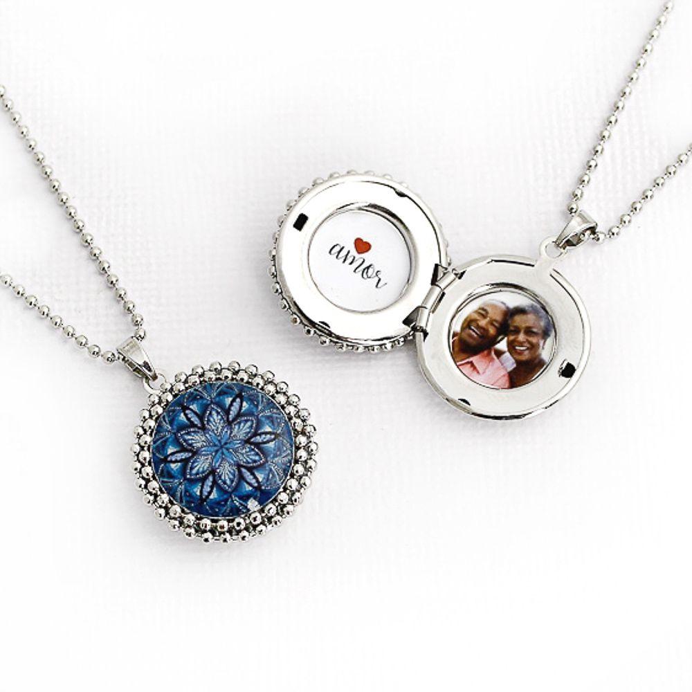 Mandala relicário pequeno cor azul e prata